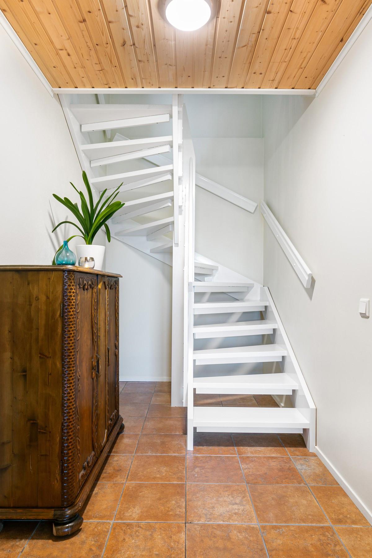 Trappegang ned til underetasje