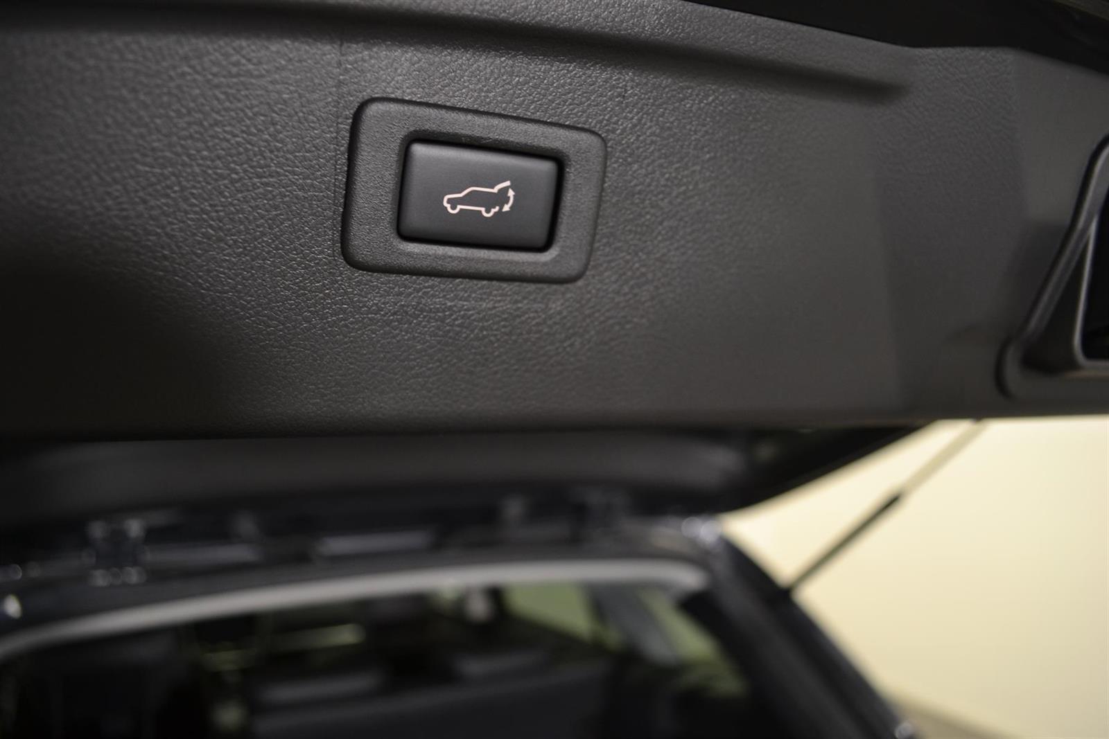 Subaru Outback Slide 8