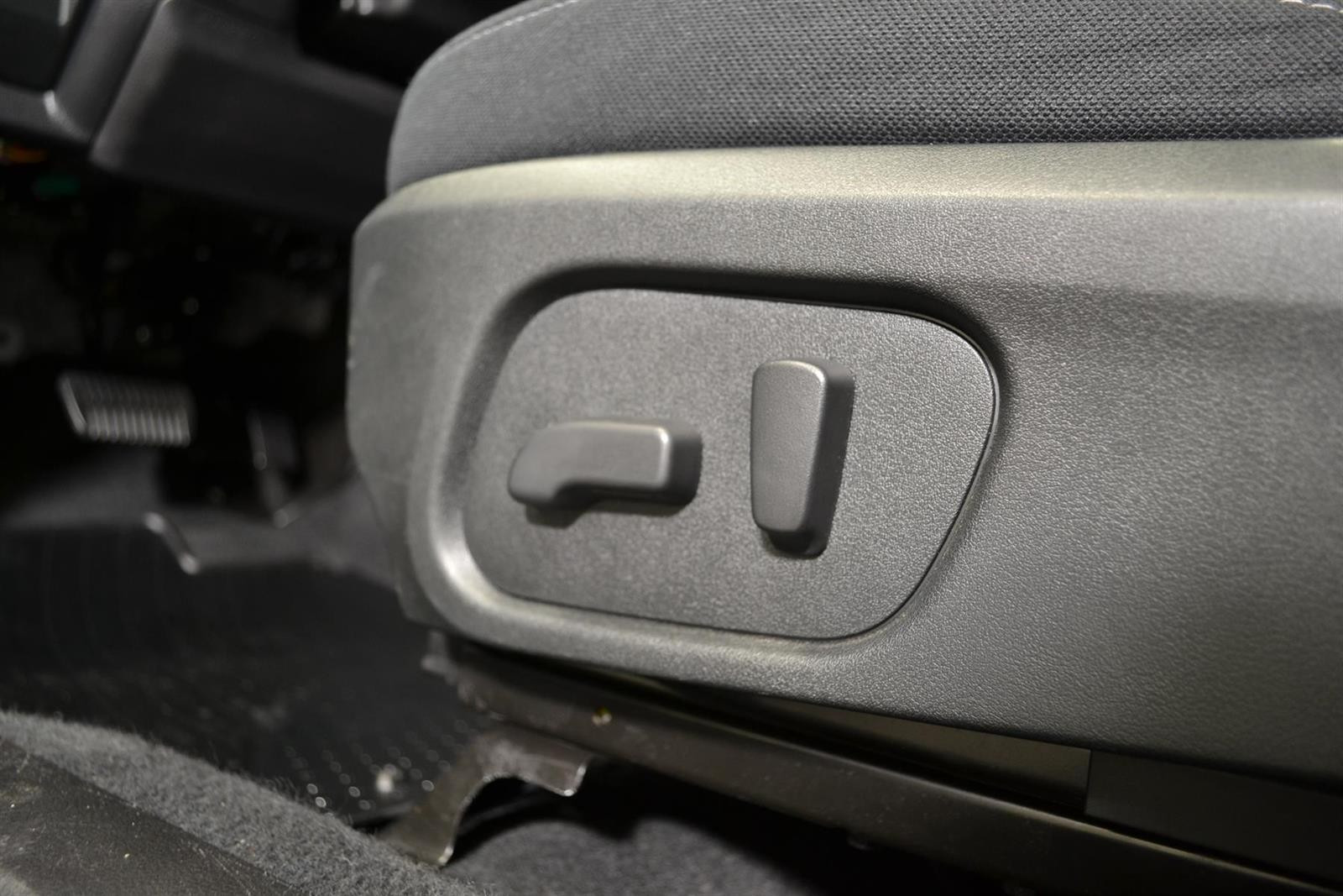 Subaru Forester Slide 13