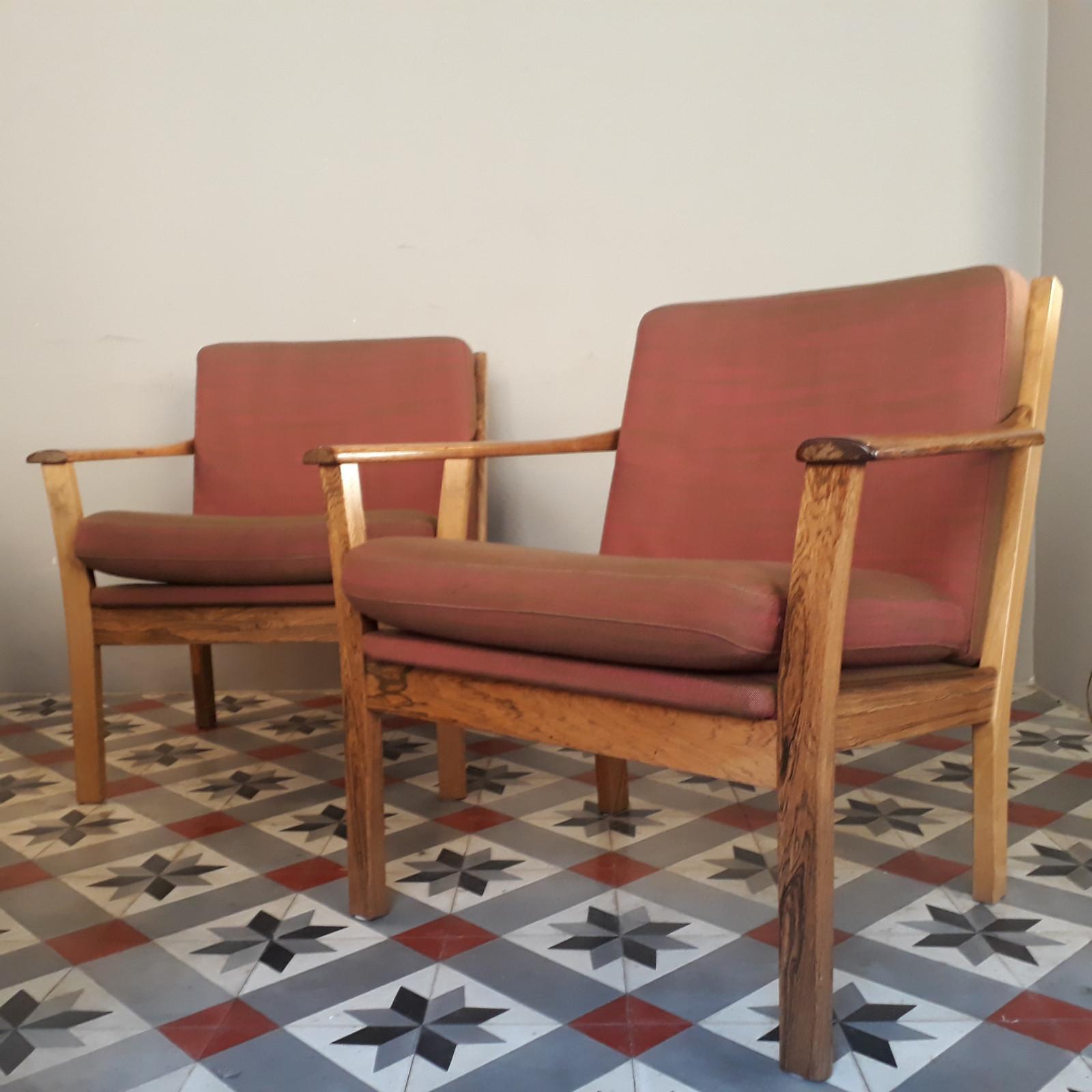 1 igjen! Svensk ørelappstol i mokkabrunt skinn | FINN.no
