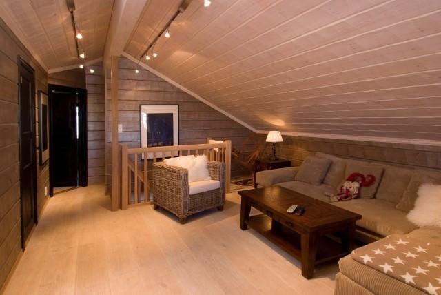 Bilde av en oppført Bortelid hytte med kundetilpasninger og tilvalg