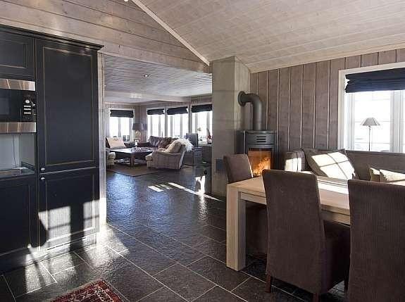 Fra en tilsvarende hytte - - Buen modell Bortelid Kundetilpasninger kan forekomme.