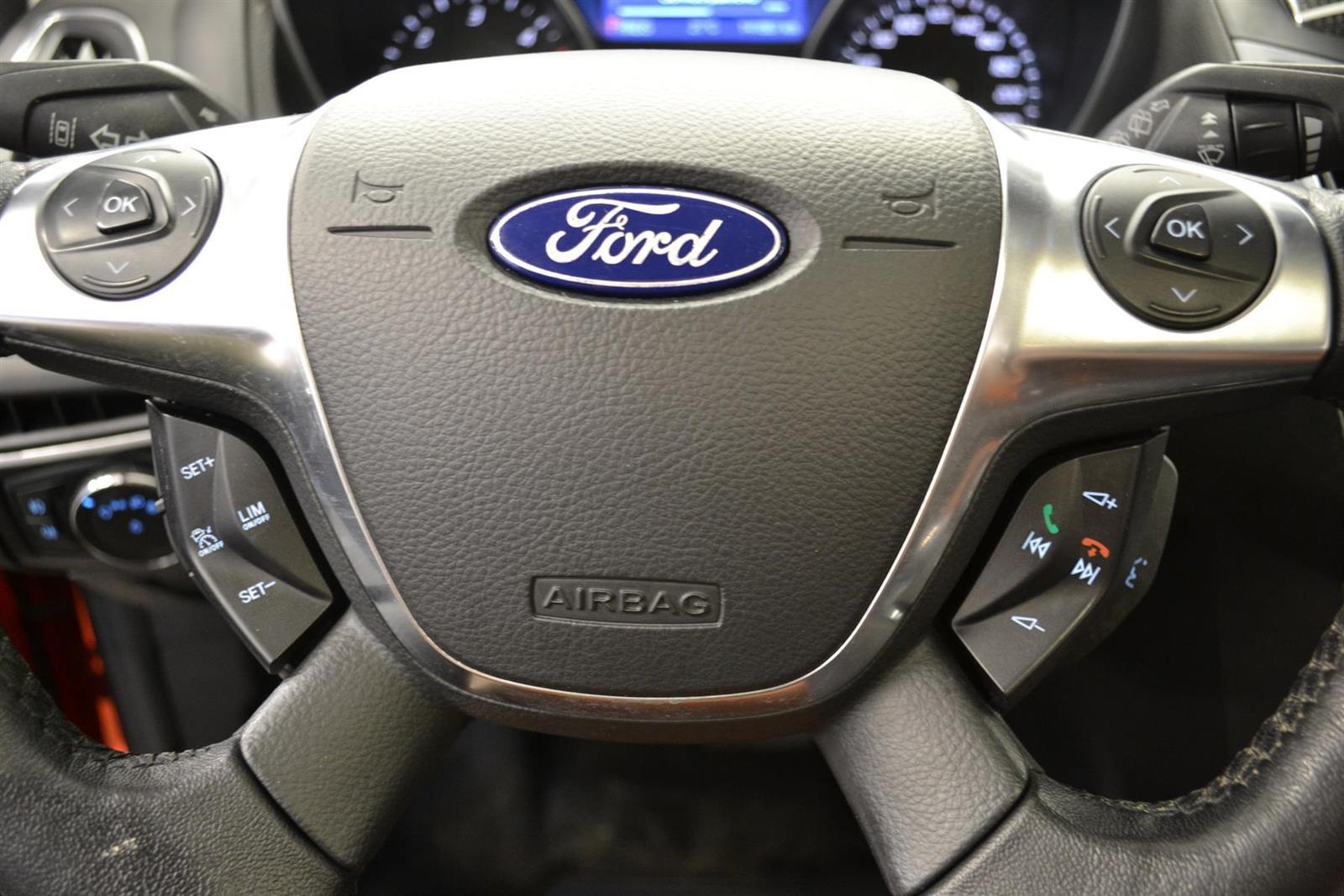 Ford Focus Slide 11