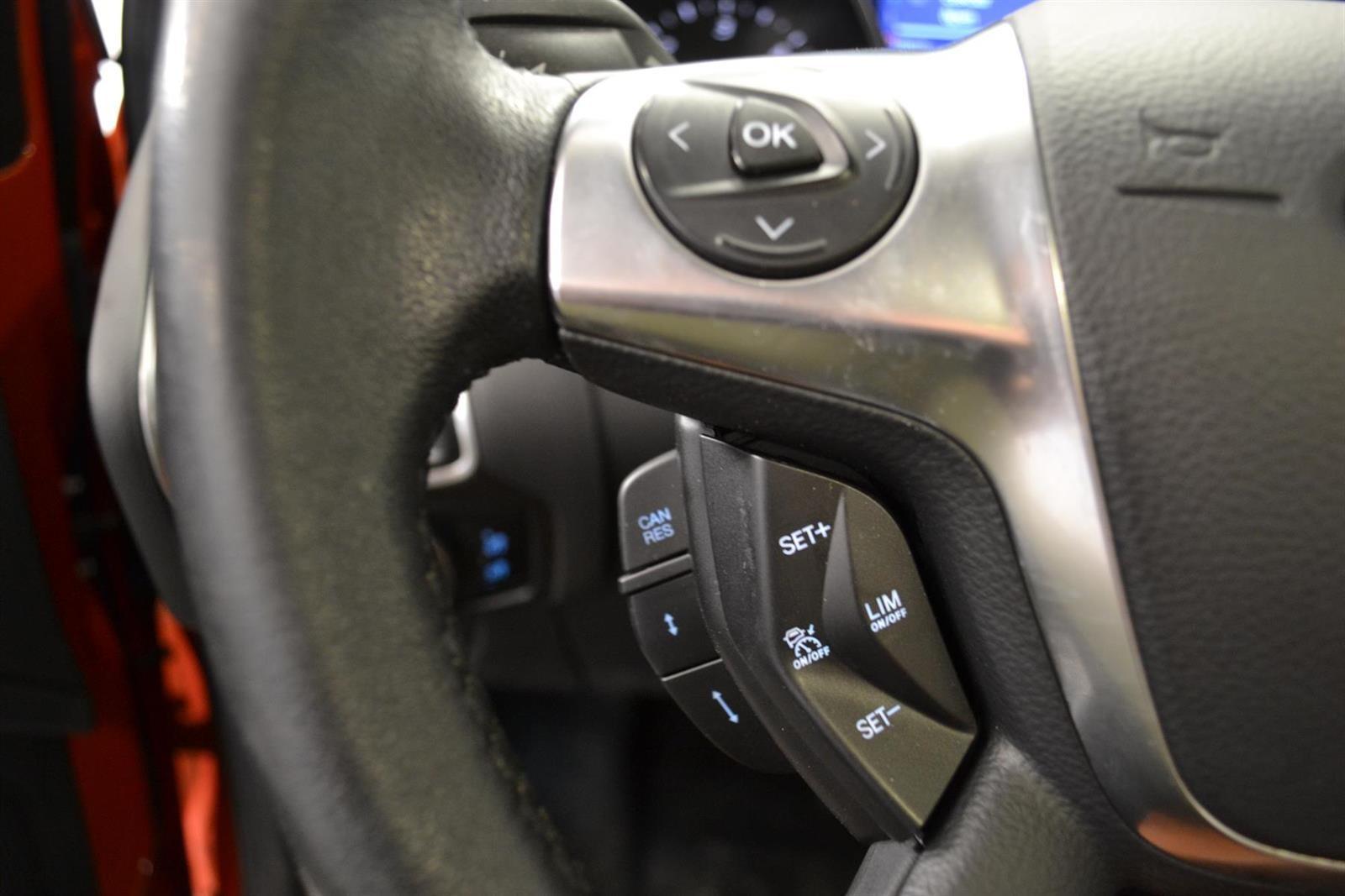 Ford Focus Slide 13