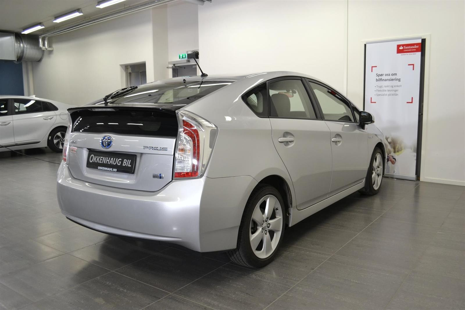 Toyota Prius Slide 5