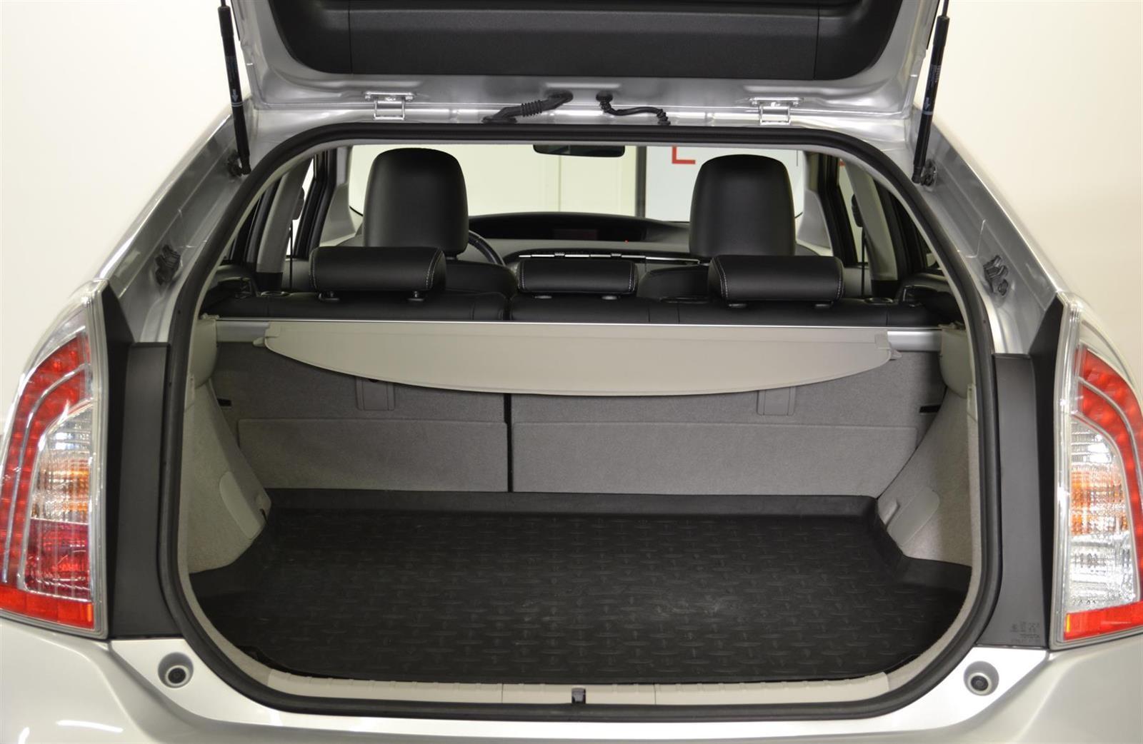 Toyota Prius Slide 6