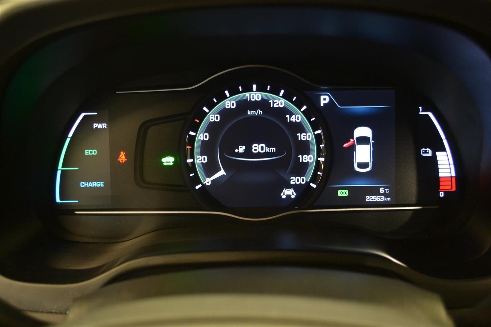 Hyundai Ioniq Slide 13