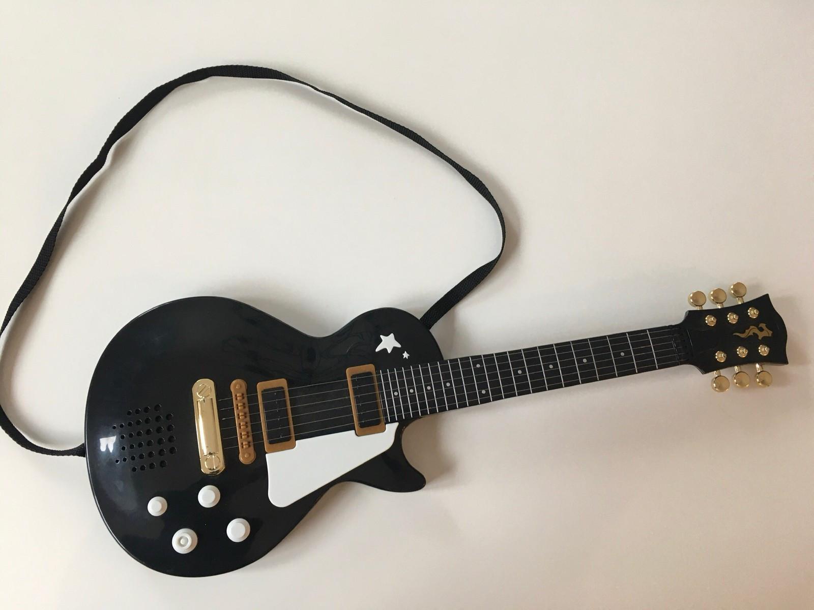 Lekegitar med lyd Elgitar | FINN.no
