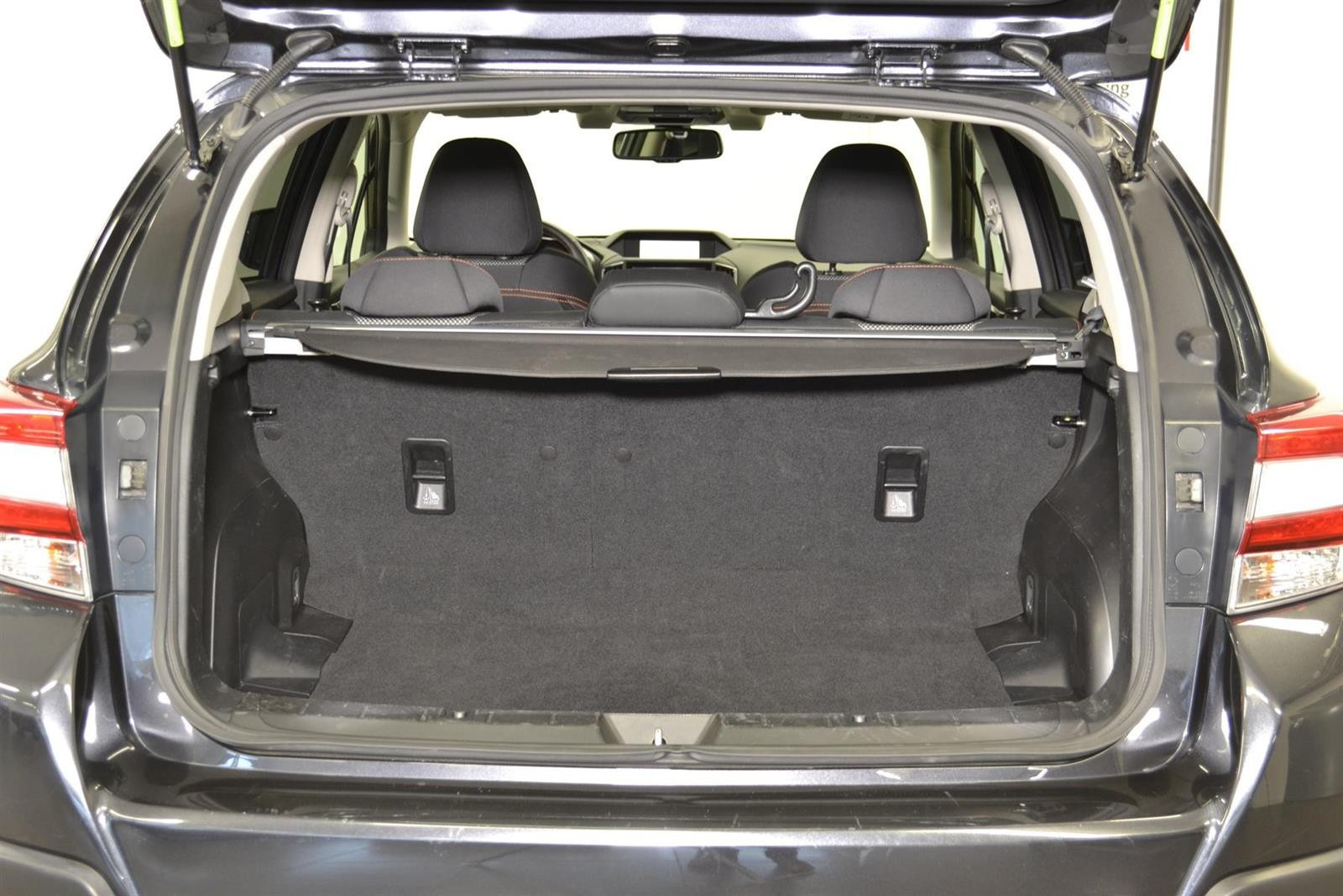 Subaru XV Slide 6