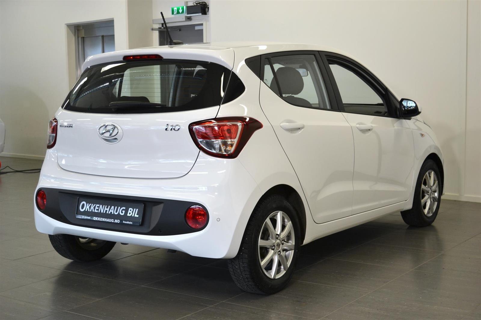 Hyundai i10 Slide 5