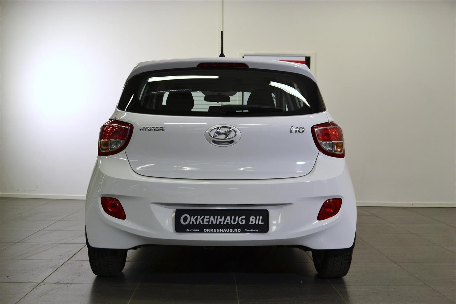 Hyundai i10 Slide 4
