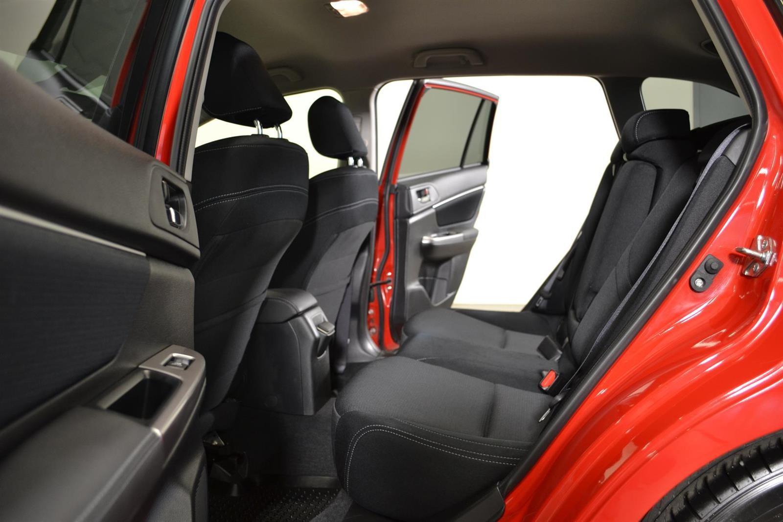 Subaru Levorg Slide 10
