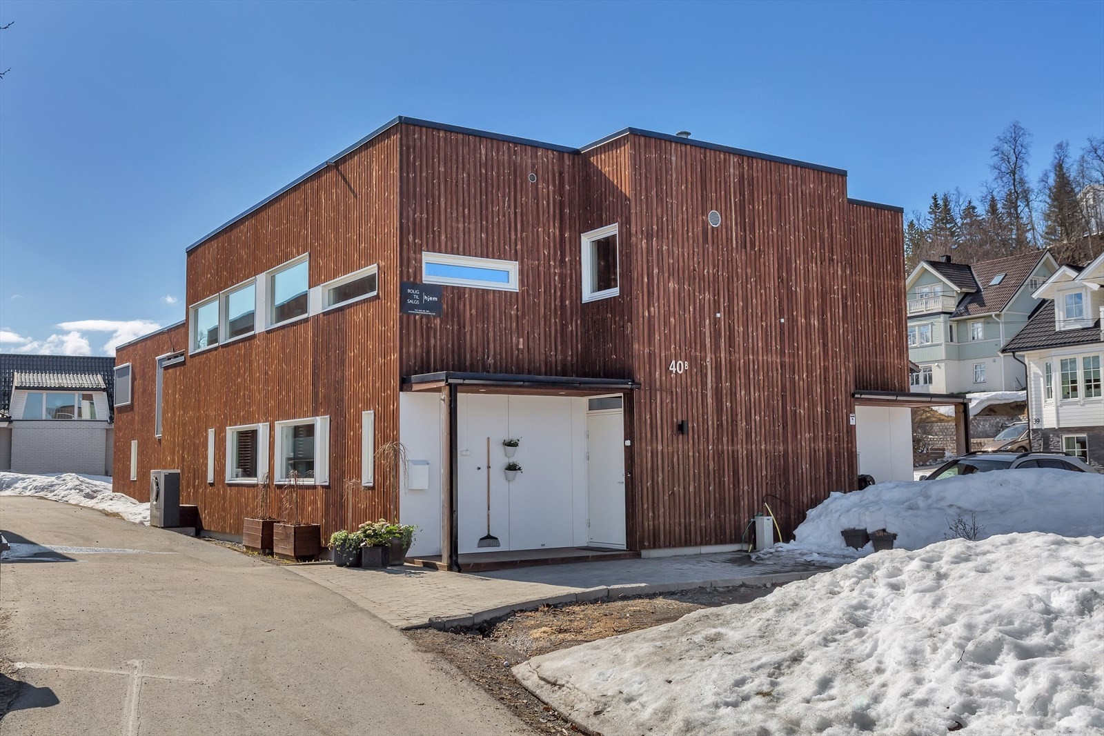 Rektor Qvigstads Gate 40B er en moderne og flott bolig i funkis utførelse