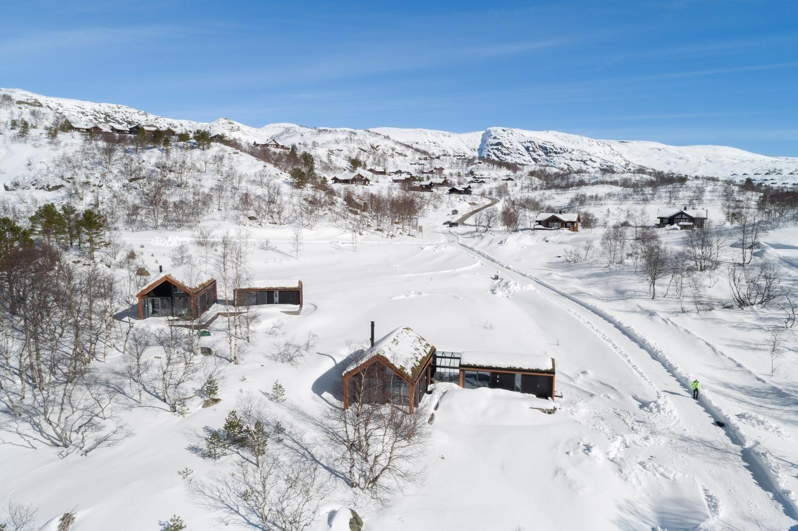 Helt unike moderne arkitekt tegnede kompakte & smarte hytter. De moderne hyttene bygges kun på Hattevarden (ingen andre steder i verden!)