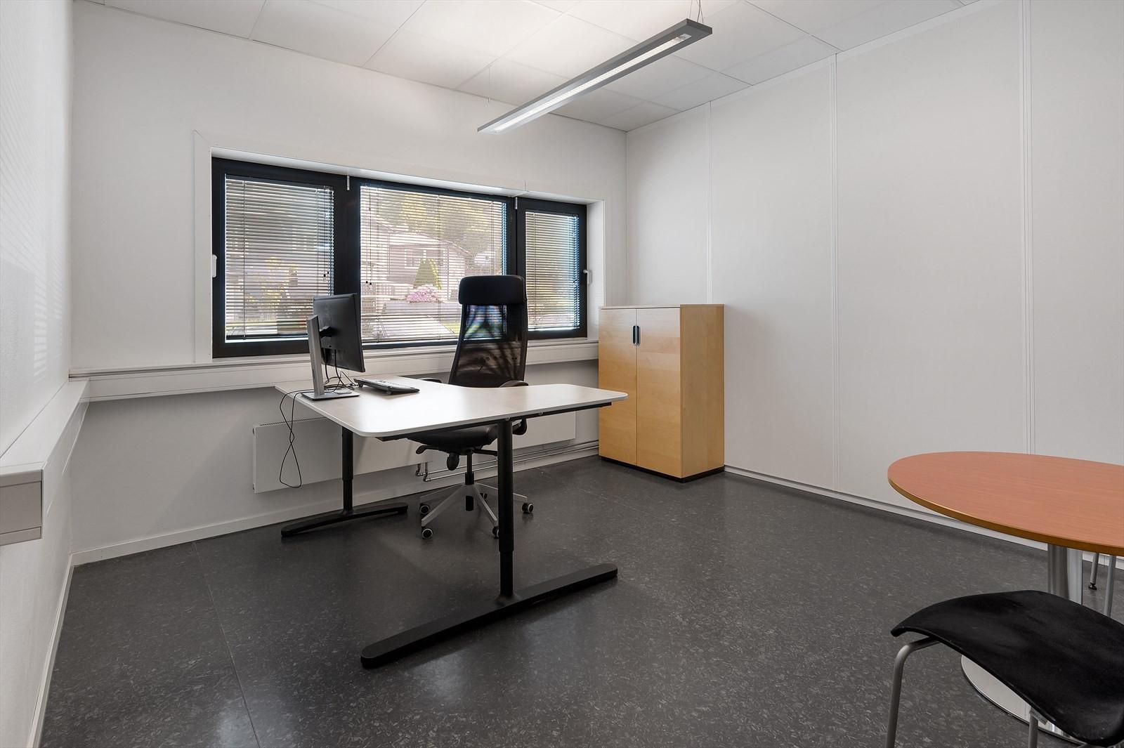 Lyse og moderne kontorer.