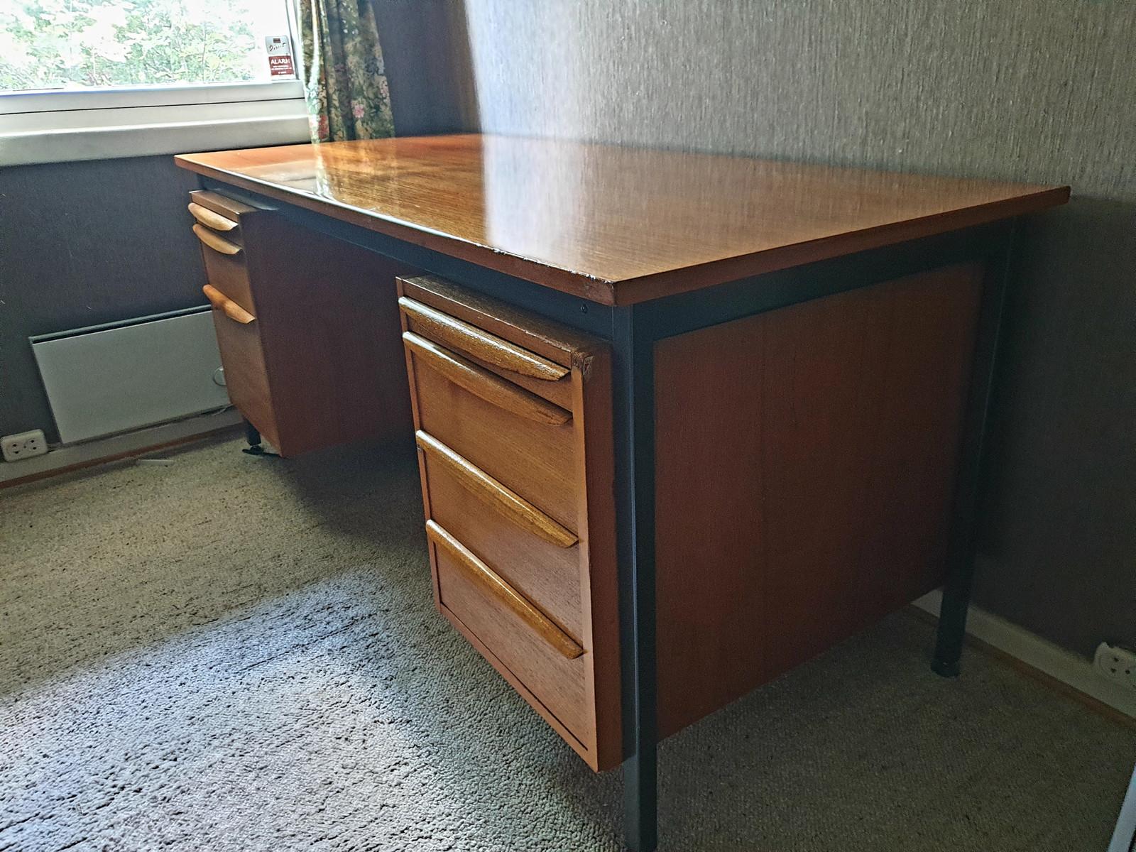 Retro skrivebord | FINN.no
