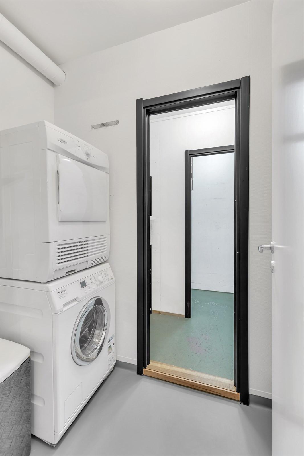 Vaskerom og 2 boder