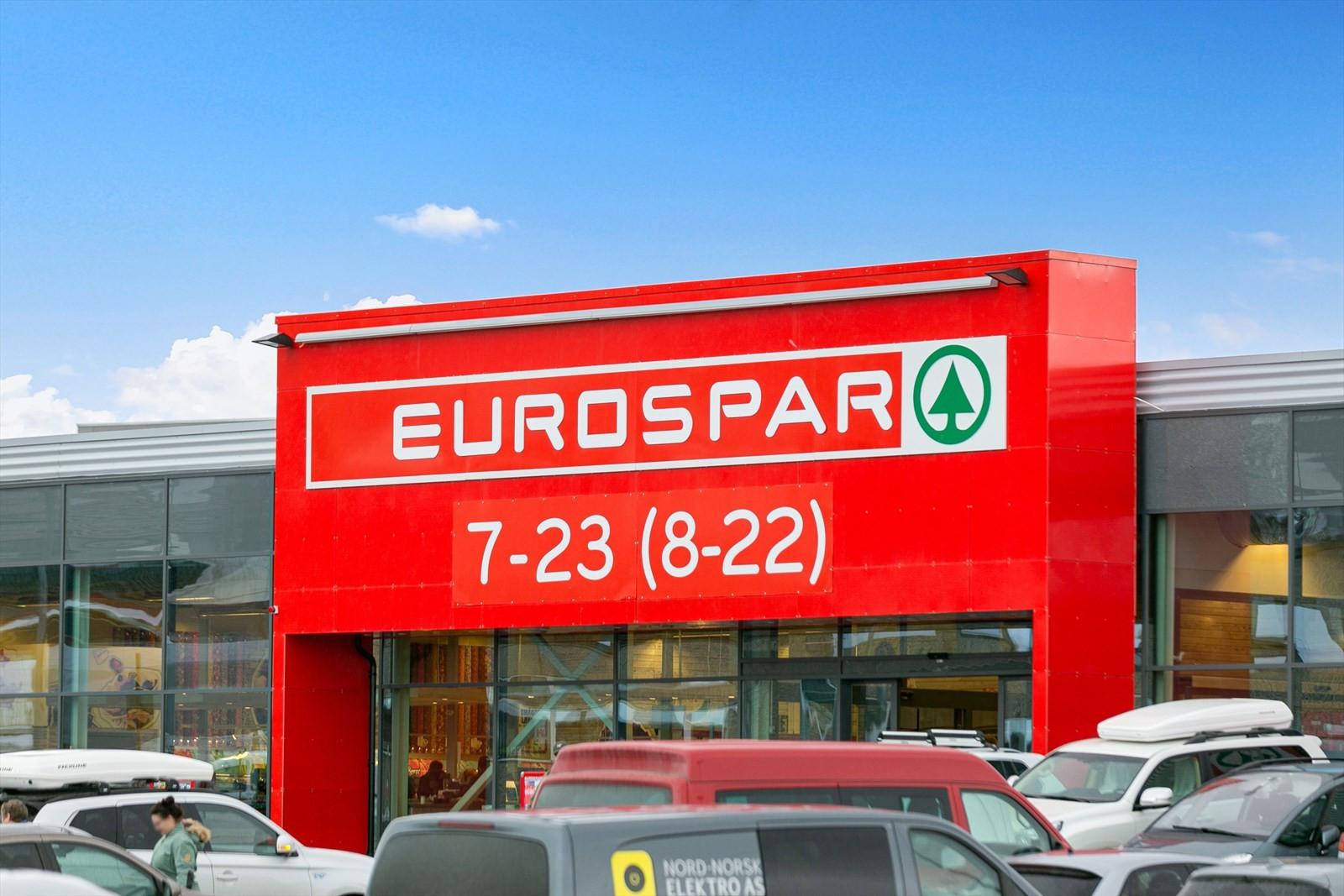 En av de lokale butikkene, Eurospar, med svært godt utvalg.