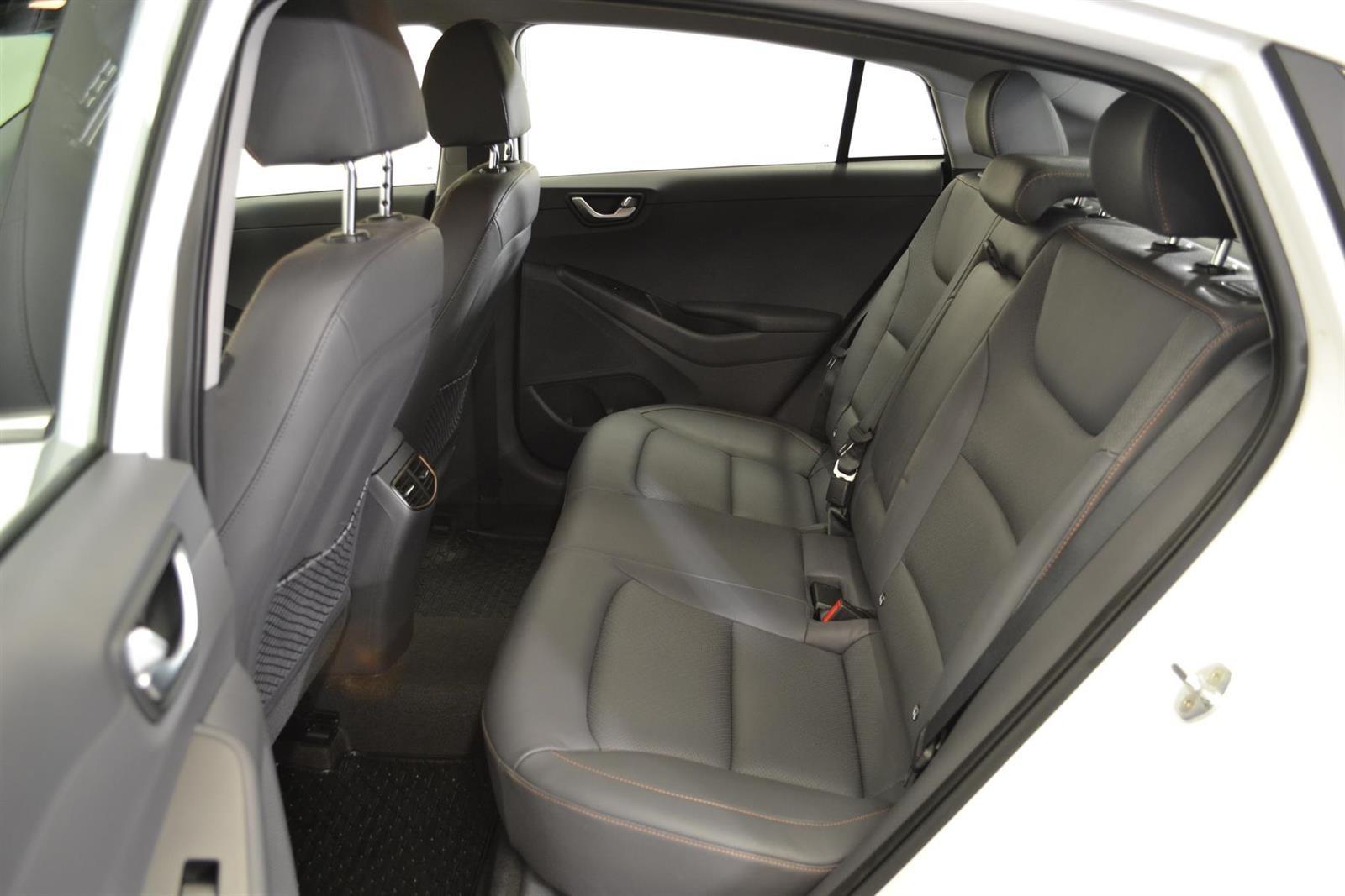 Hyundai Ioniq Slide 7