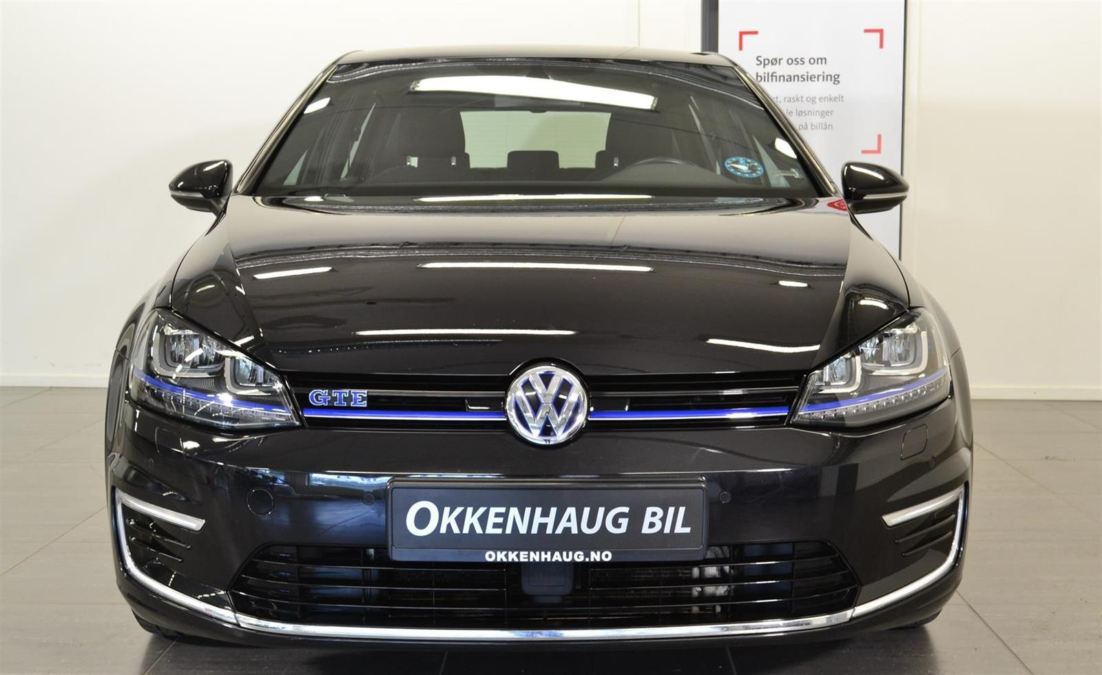 Volkswagen Golf Slide 1