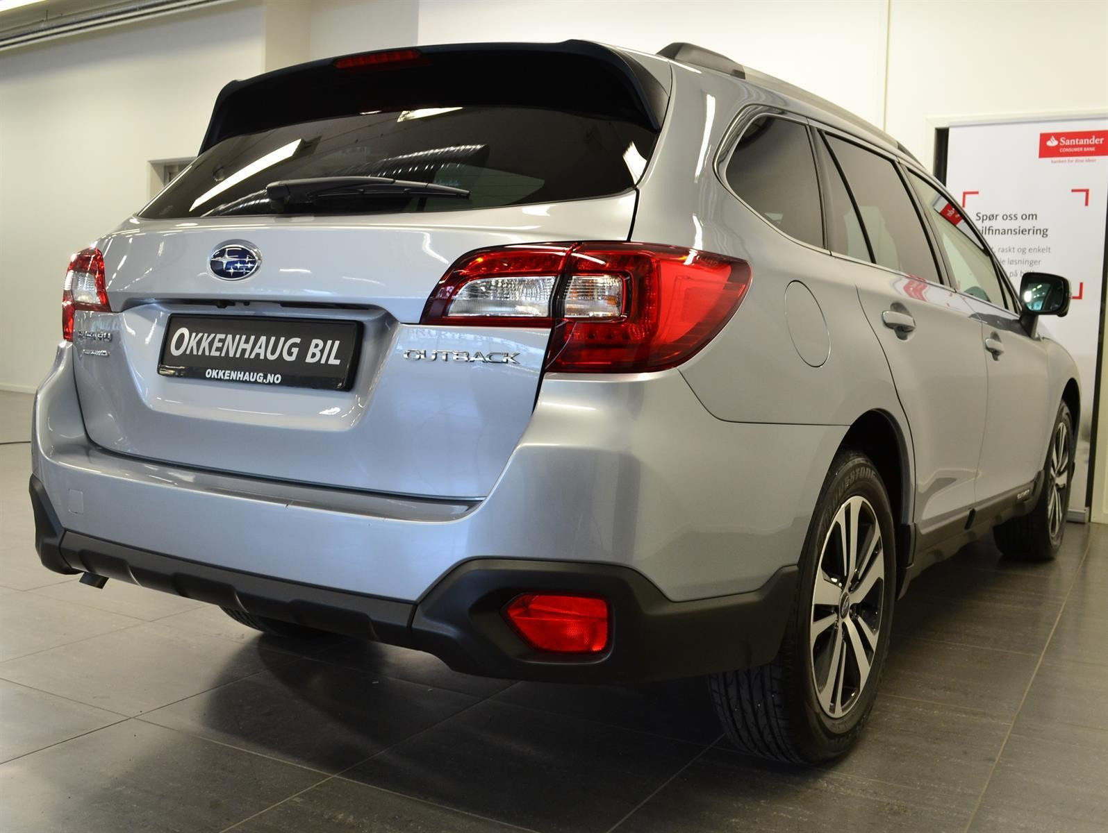 Subaru Outback Slide 5