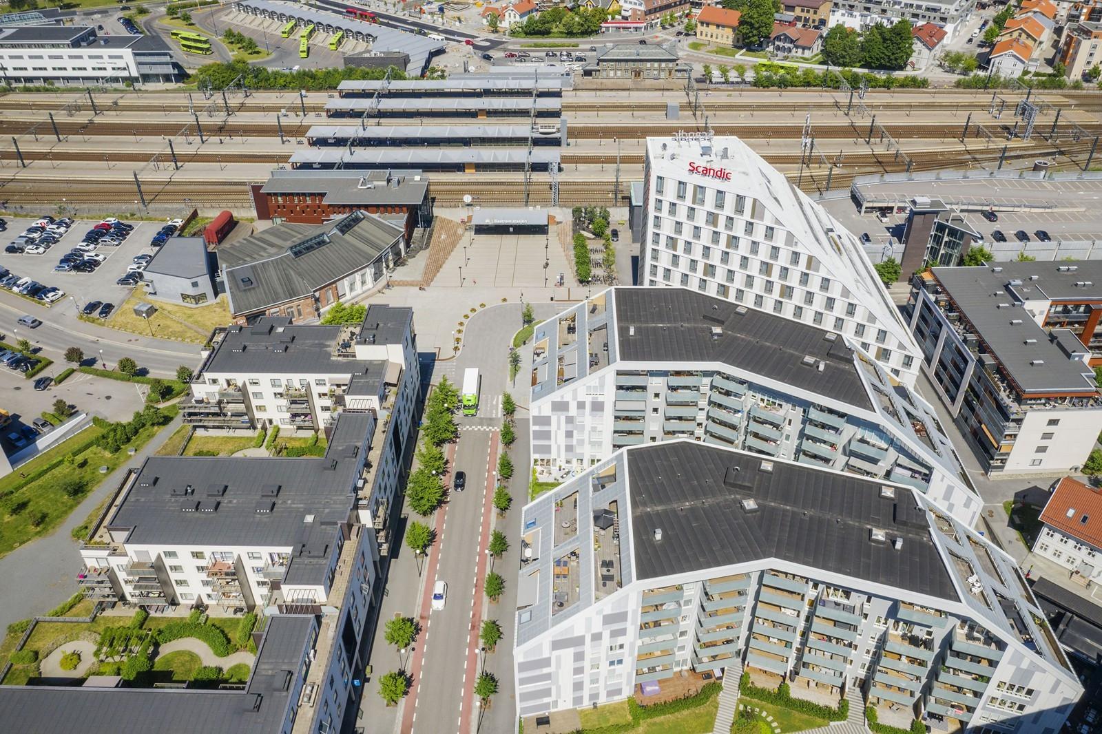 Nærmeste nabo til Lillestrøm togstasjon