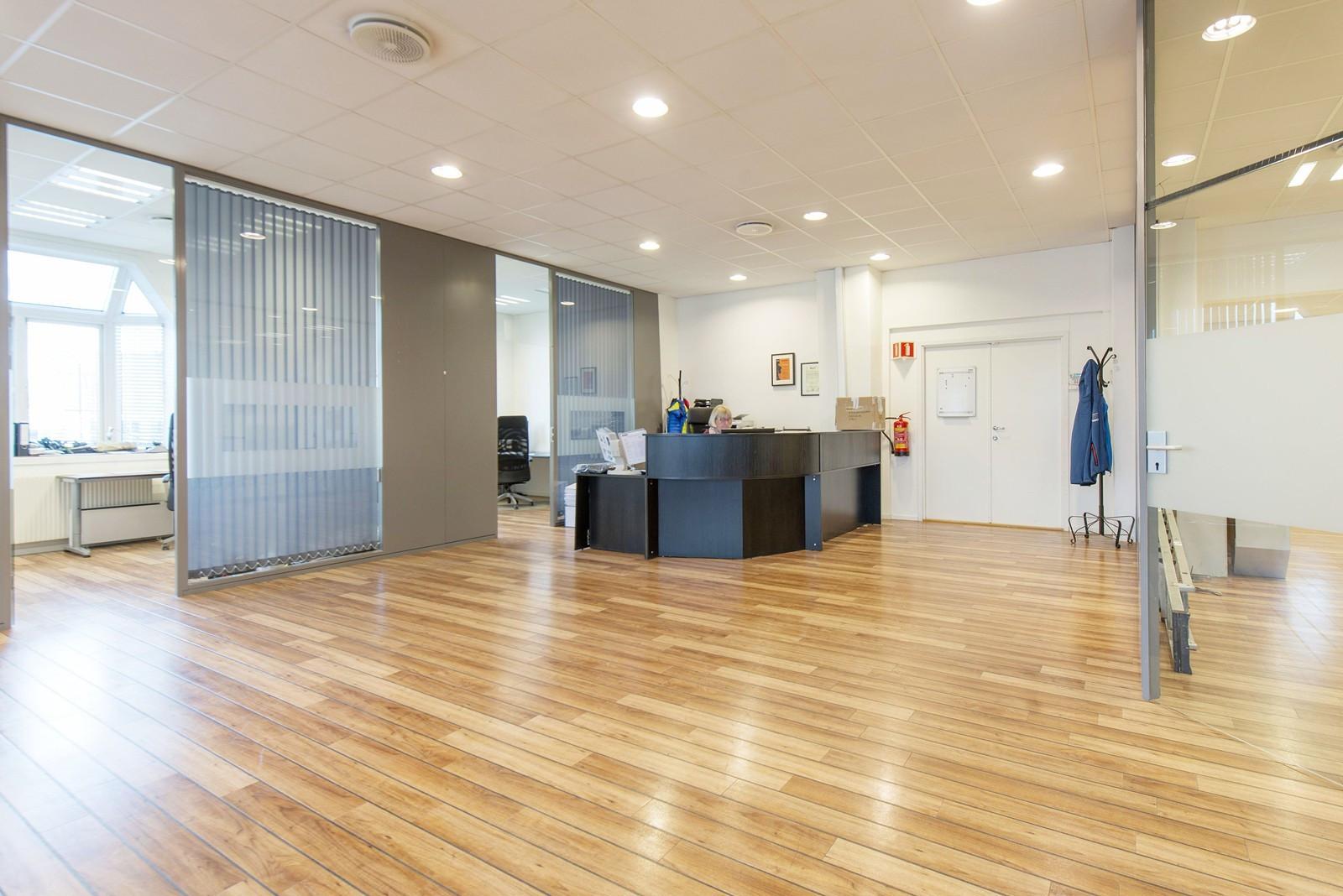 Resepsjon/åpent landskap/kontorer
