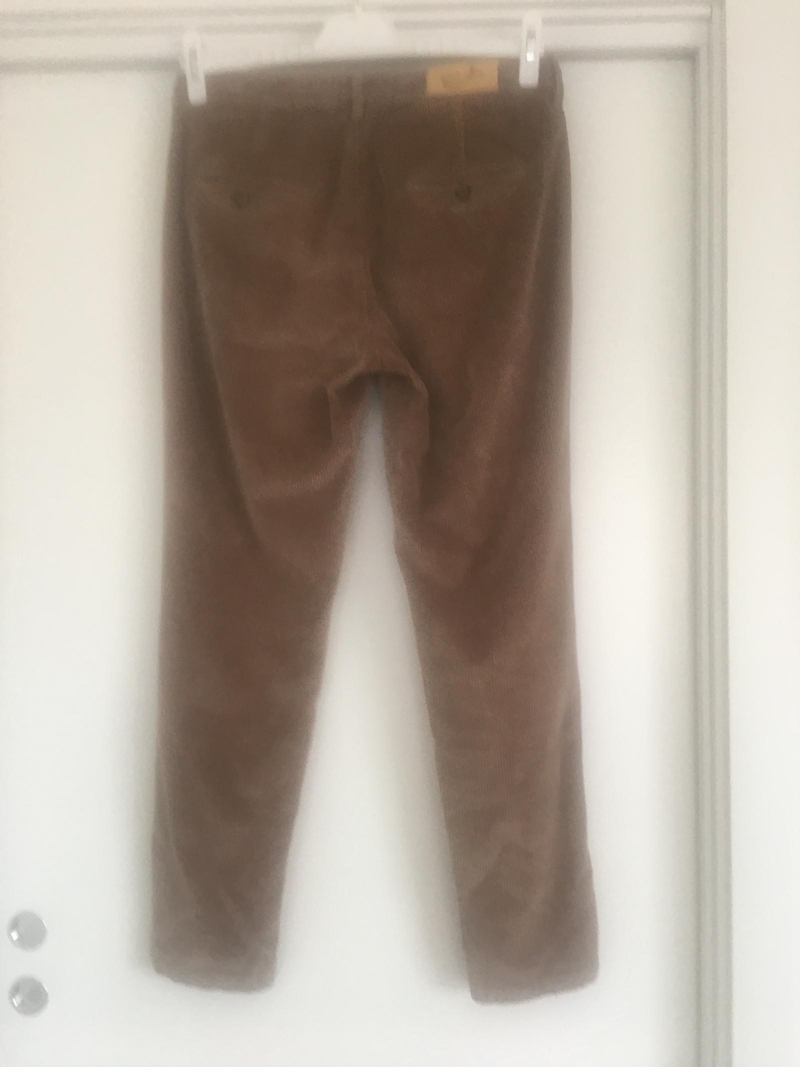 Bukse i cordfløyel fra Jacob Cohen, str 30 måler 82 cm i