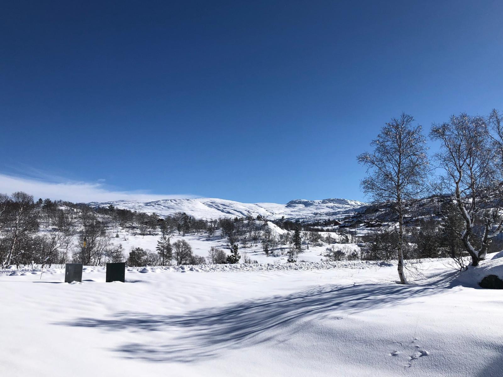 """Fra Hattevarden Knaben, og mot """"Gruvebyen"""" og fjellene rundt.  - Dette er fjellet i Norge på sitt aller beste!"""
