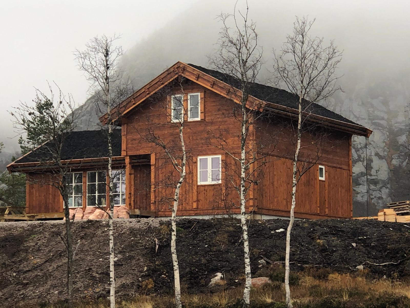 Bilde av tilsvarende hytte med kundetilpasninger oppført på Hattevarden Knaben