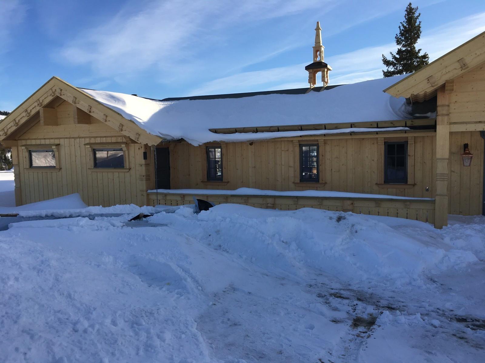 Bilde fra en tilsvarende hytte, med kundetilpasning og tilvalg.