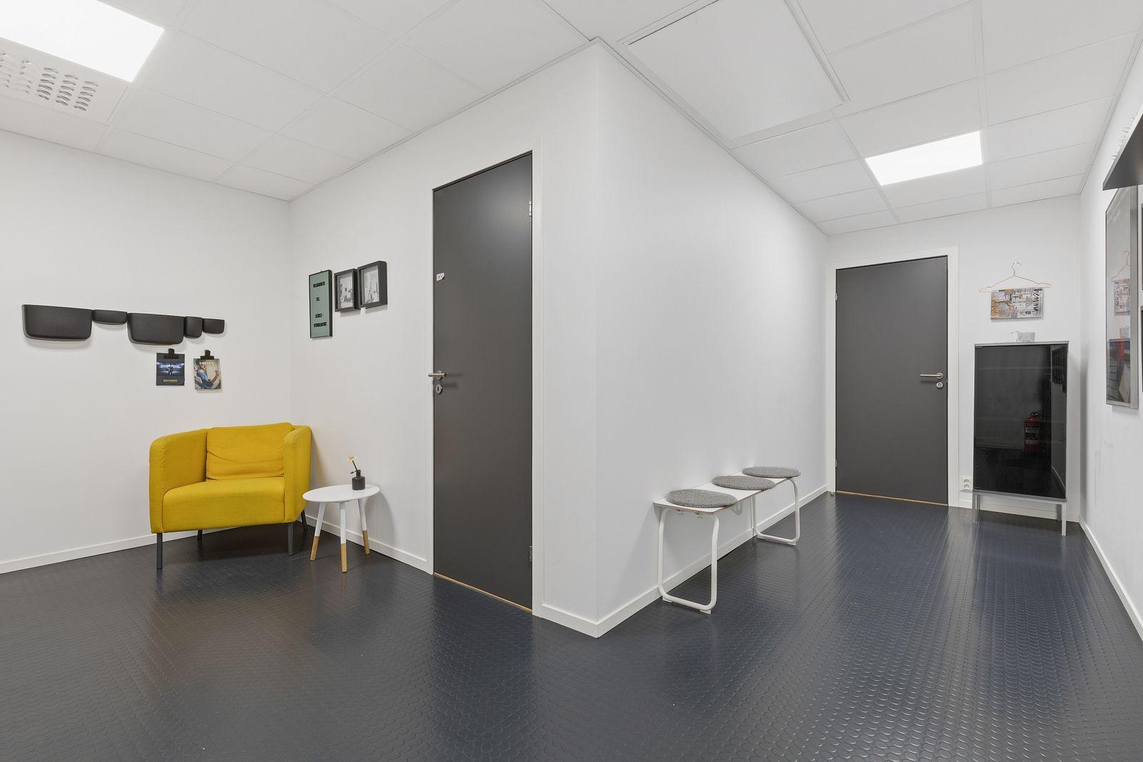 Velkommen inn til kontorlokaler i Fossekleiva 41.