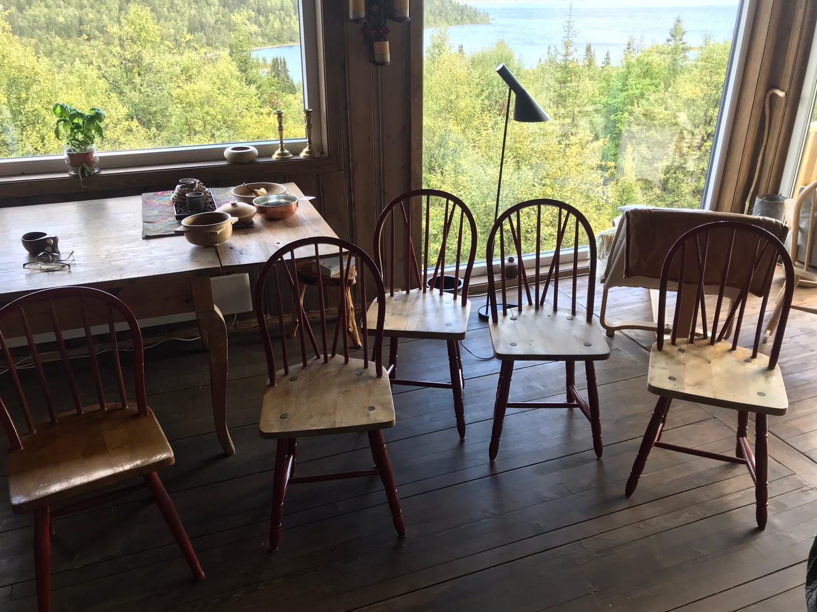 Budalsstoler og bord til salgs Nå halv pris! | FINN.no