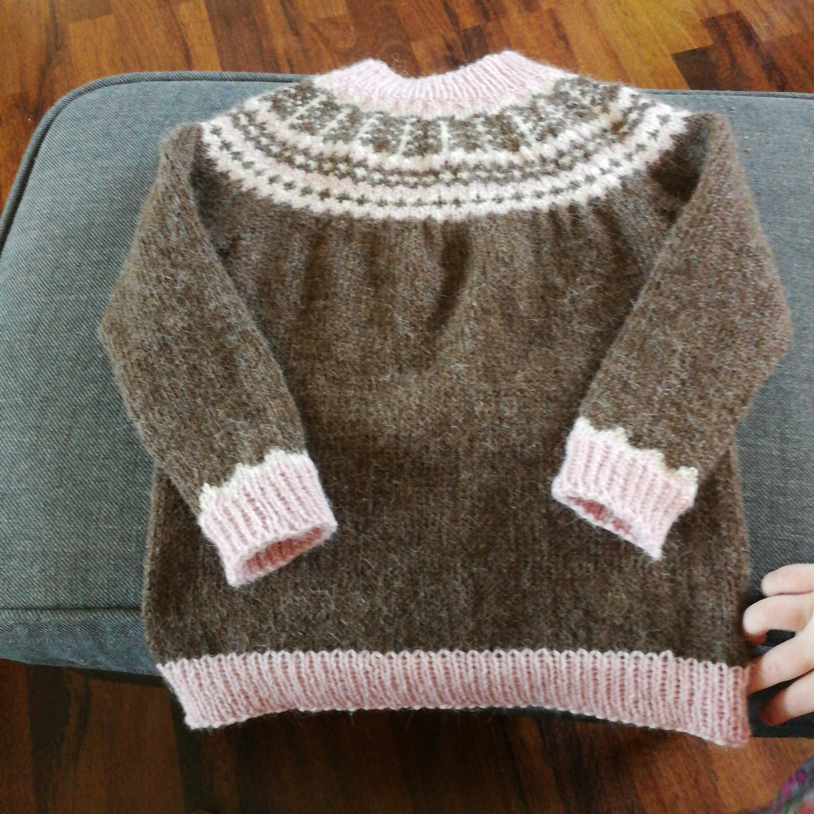 embla genser barn