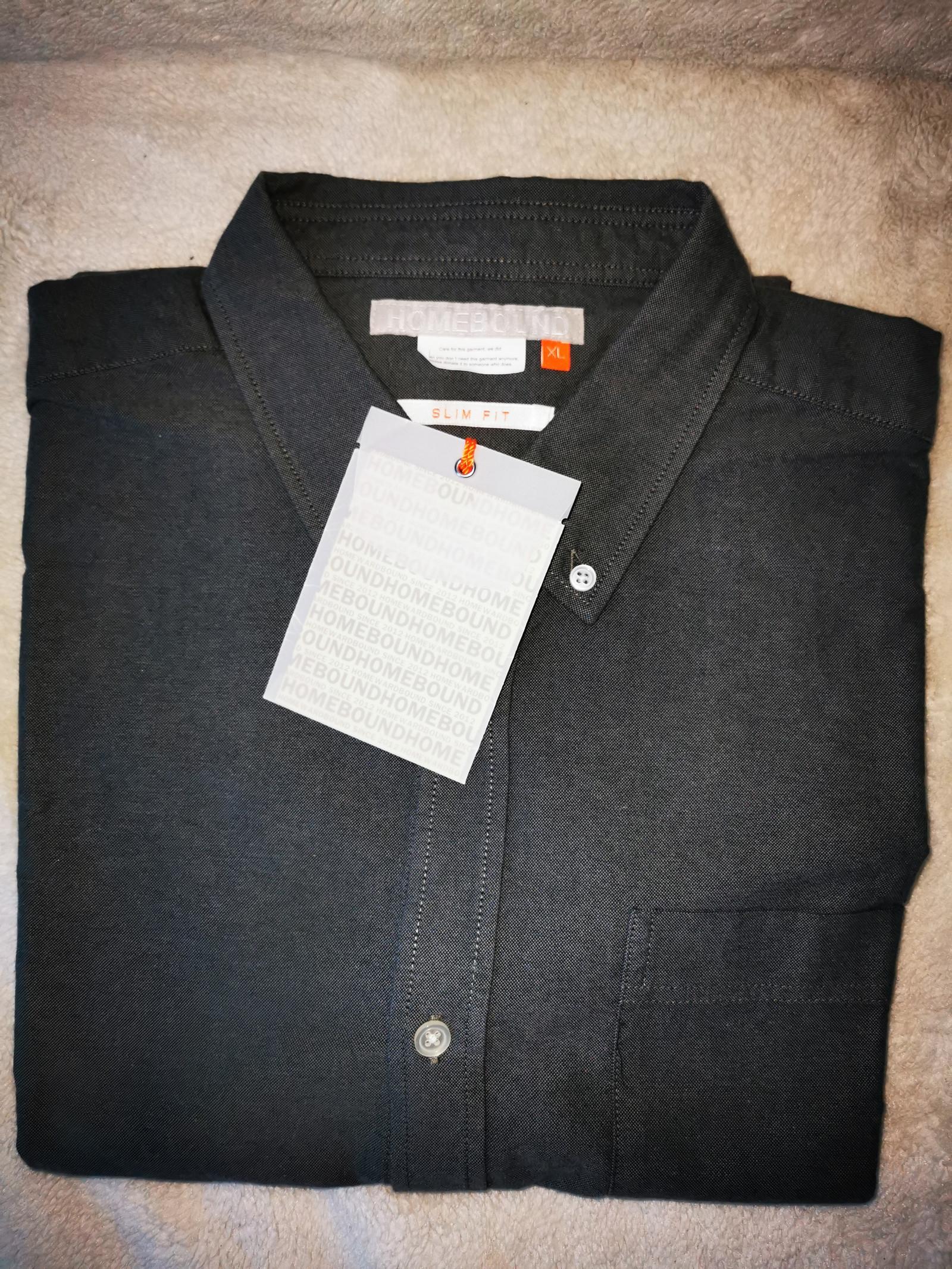 Ny HOMEBOUND slim fit skjorte selges | FINN.no