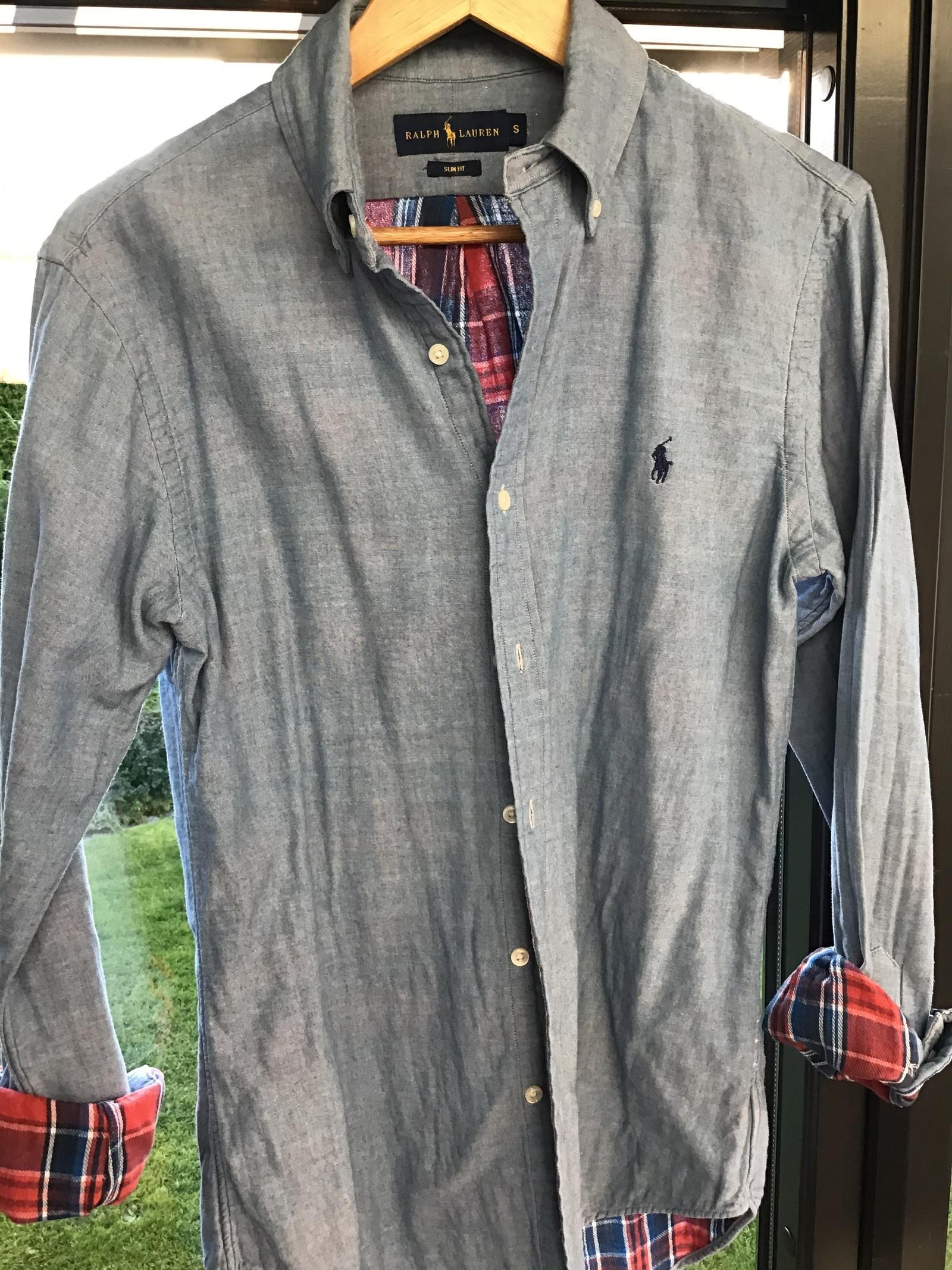 Pent brukt iSolid skjorte selges   FINN.no