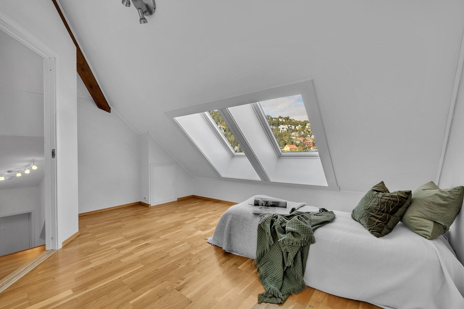 Loftstue med takvinduer