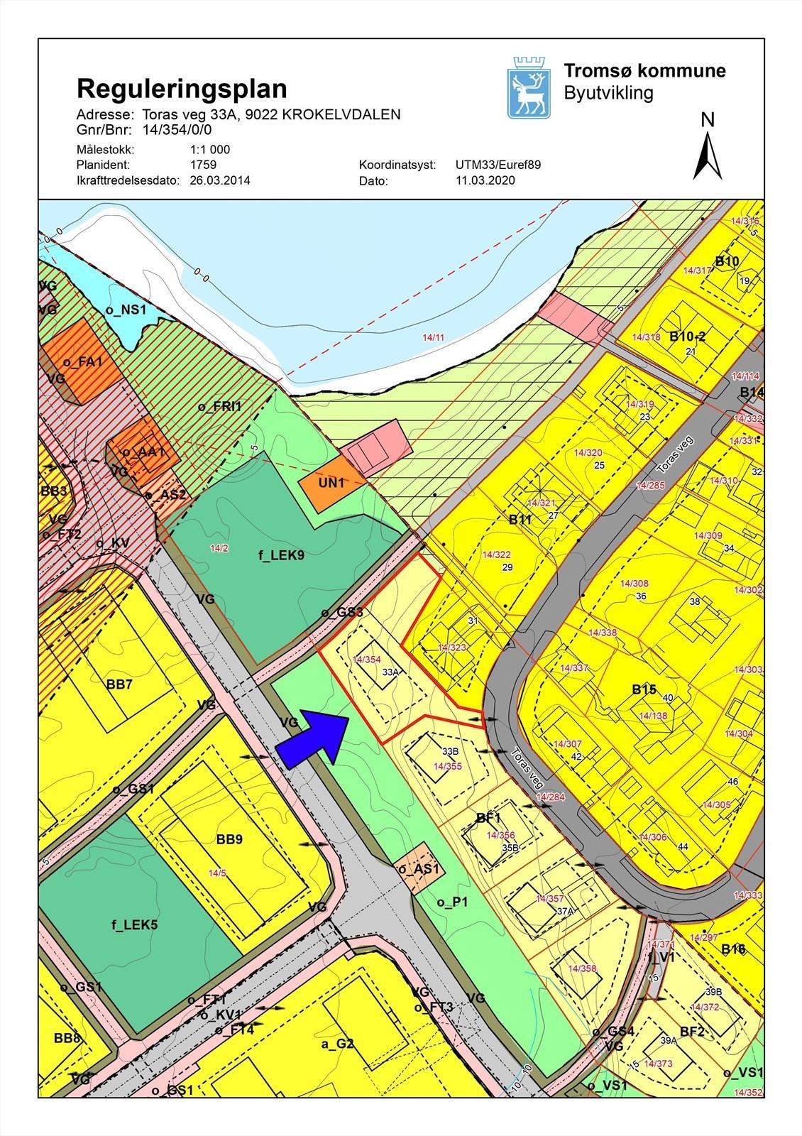Tomta er på 879m2 og grenser mot friarealer