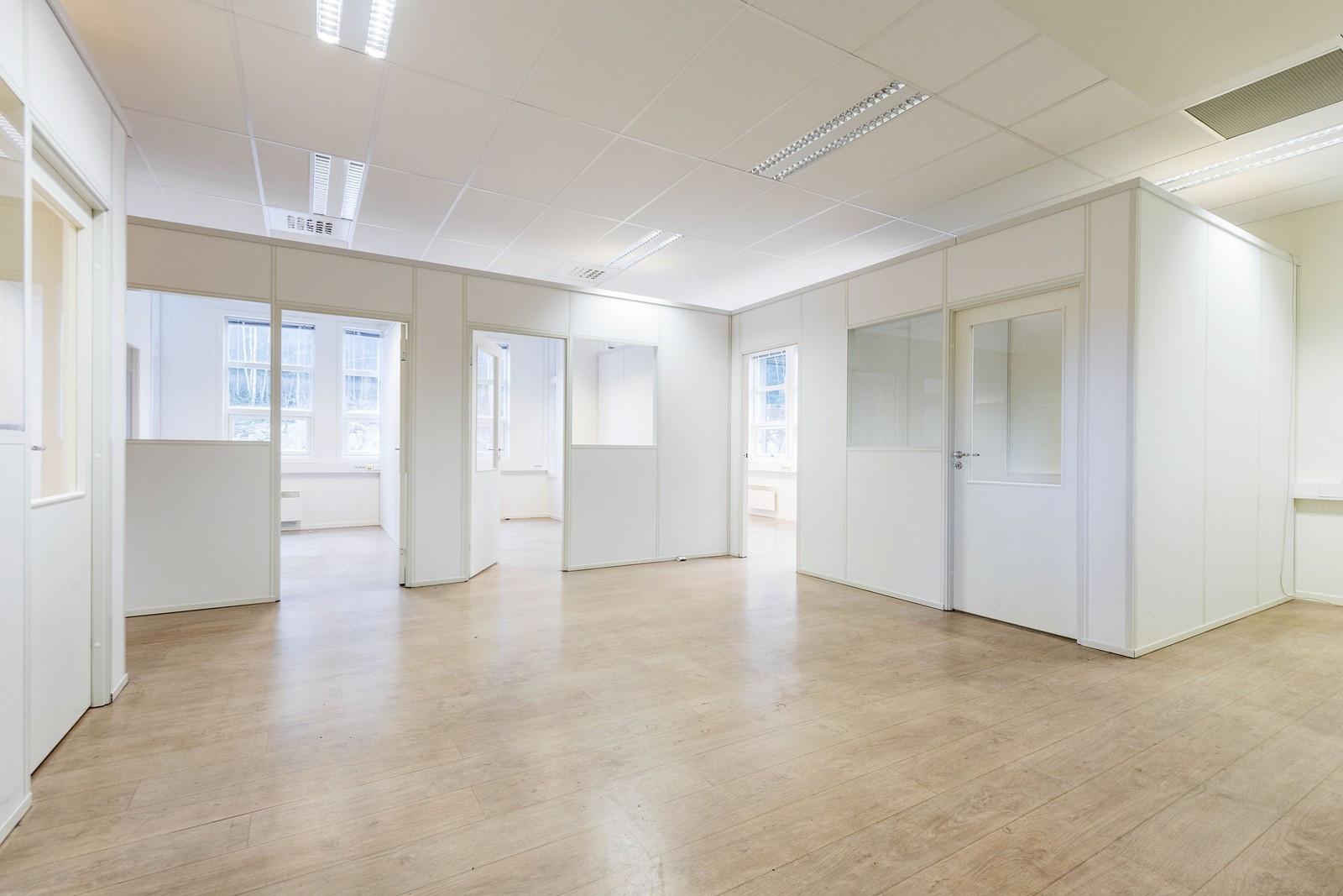 Lyse og fine kontorer