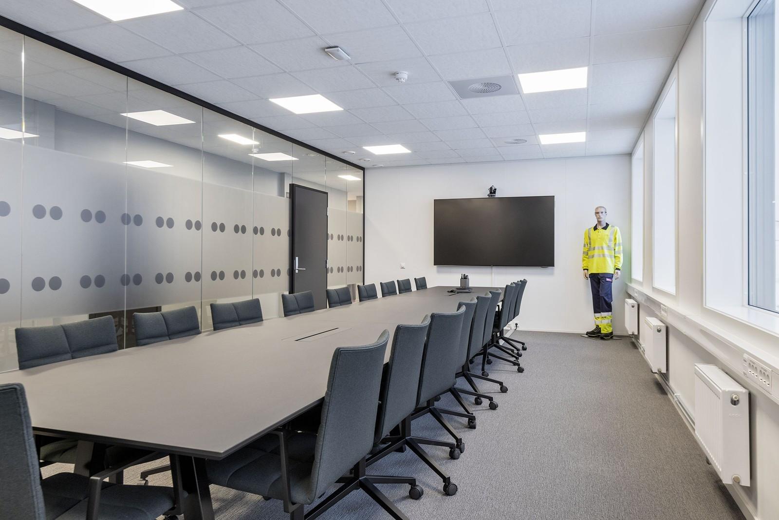 Ledig kontor 3. etasje - stort møterom