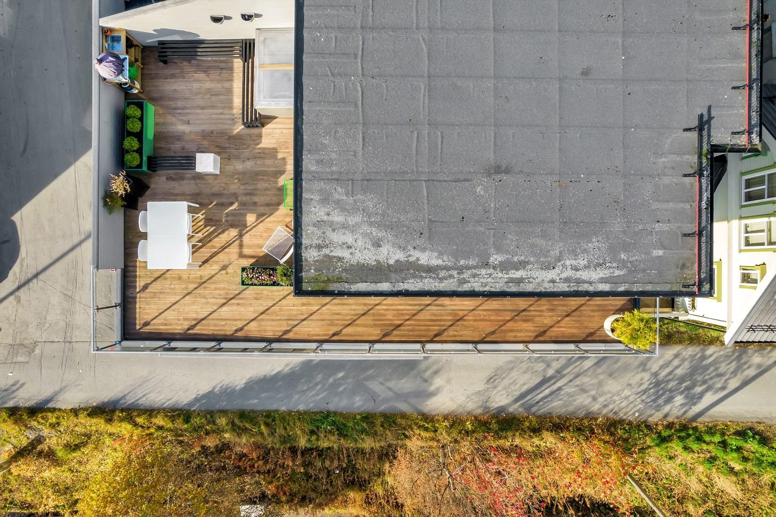 Her snakker vi en skikkelig veranda