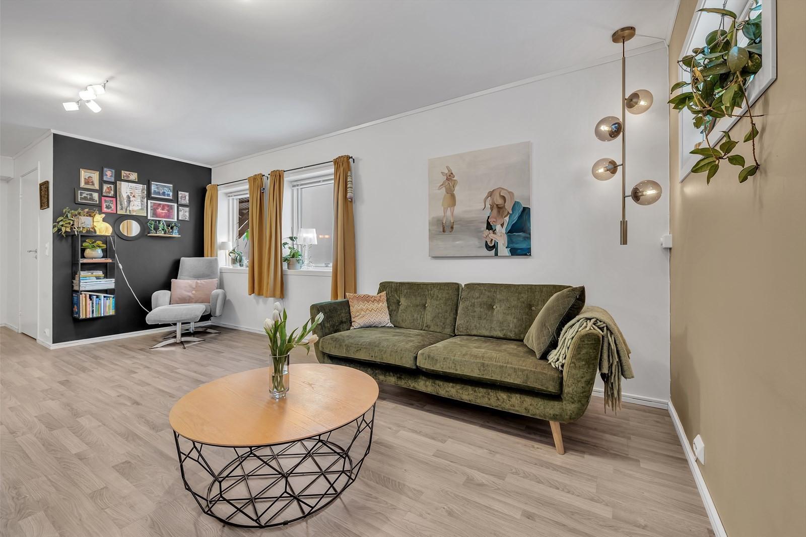God plass til møblement i stuen