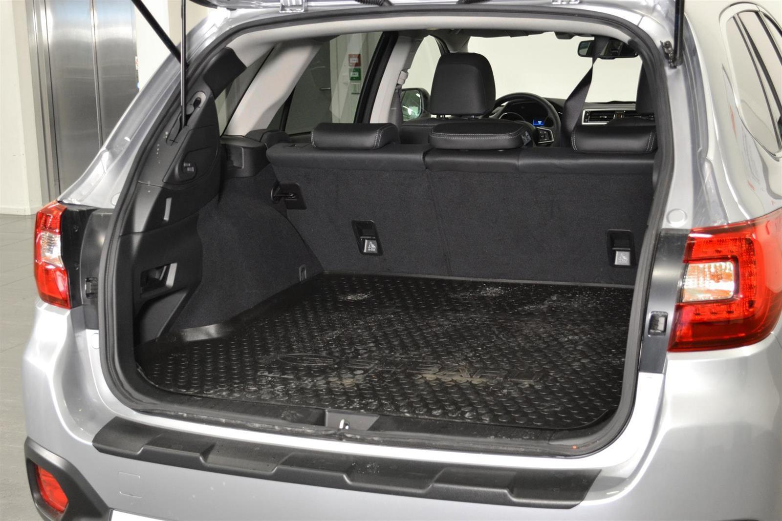 Subaru Outback Slide 7