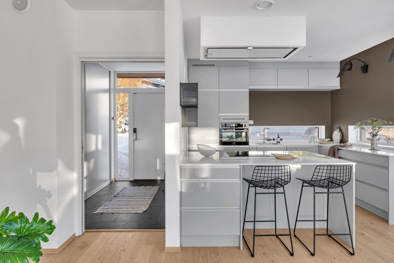 Smart barløsning gjør kjøkkenet sosialt og innbydende