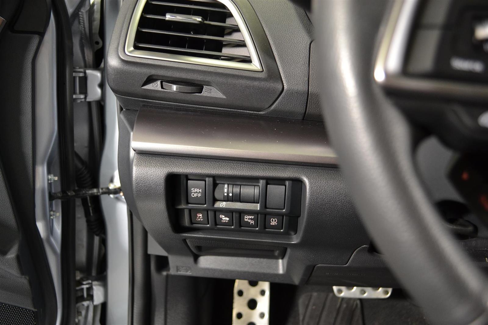 Subaru XV Slide 19
