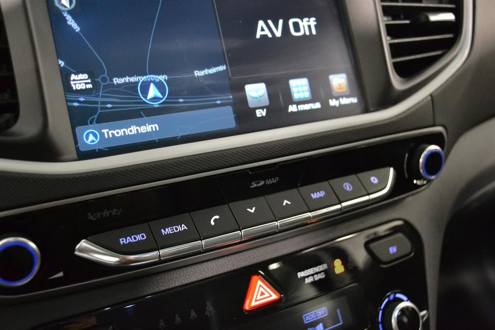 Hyundai IONIQ Slide 19