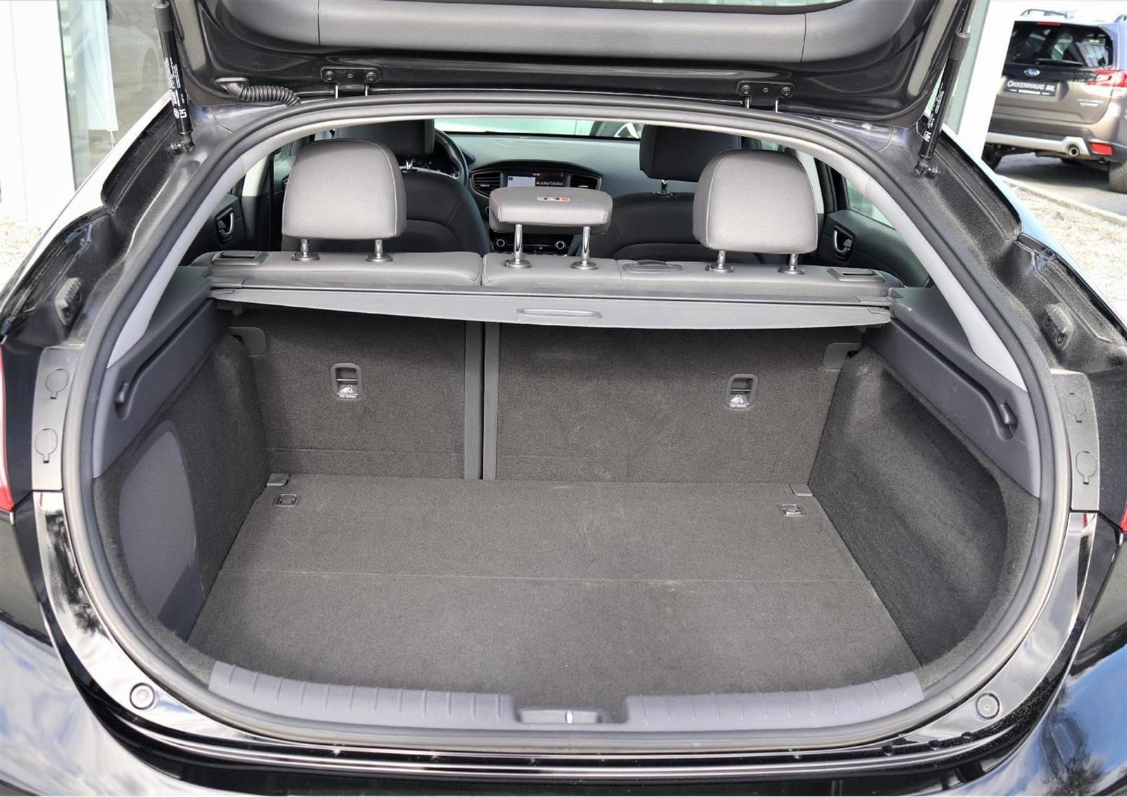 Hyundai IONIQ Slide 12