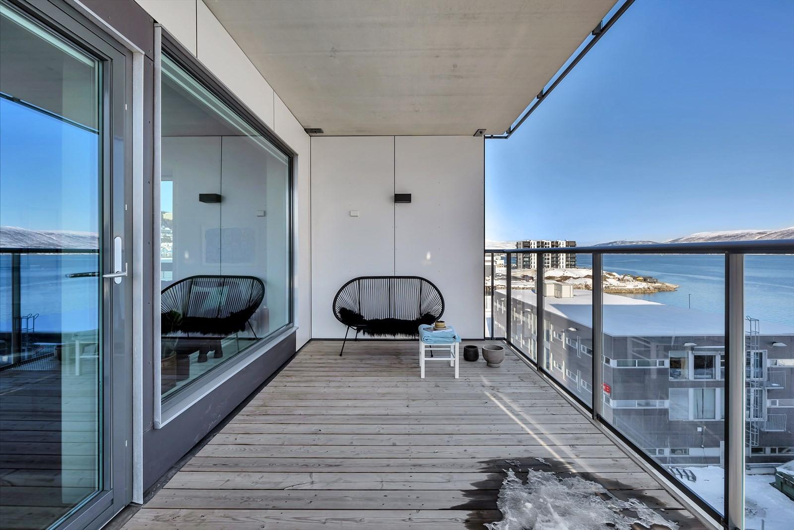 Terrasse med utsikt nord/sørøst