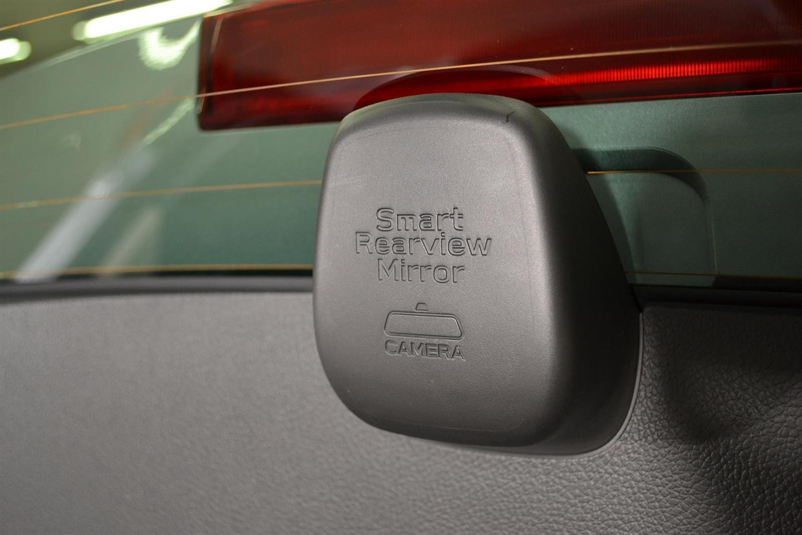 Subaru Levorg Slide 13