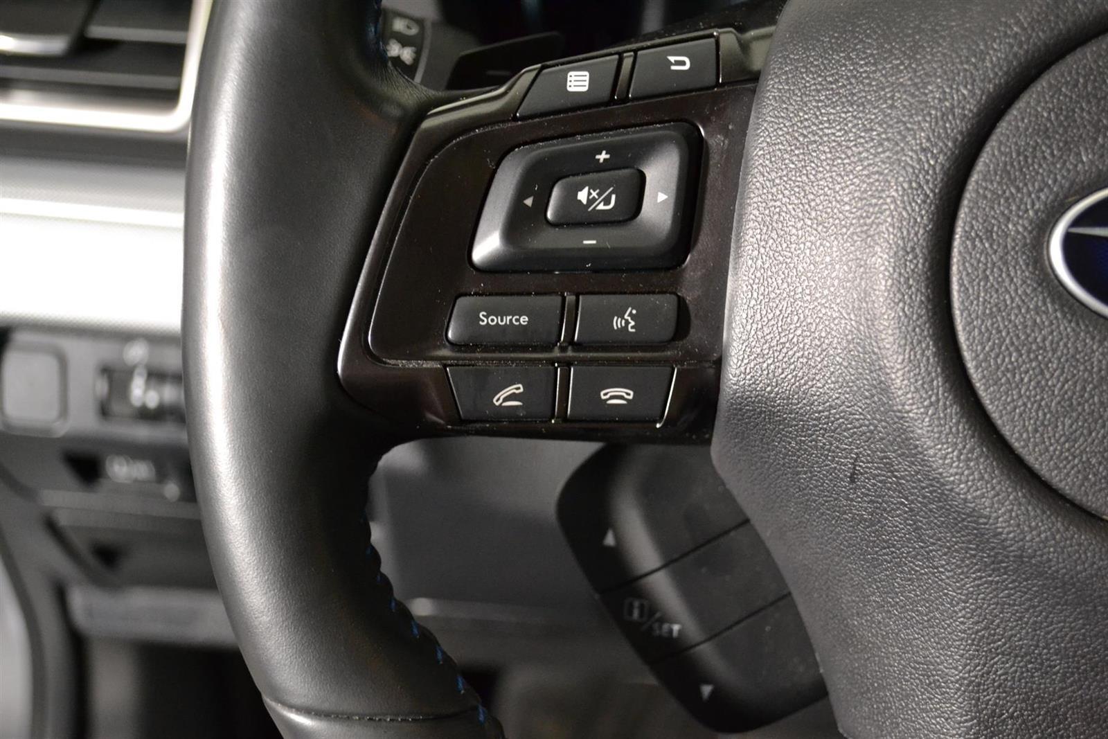 Subaru Levorg Slide 23